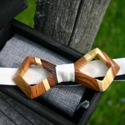 ocial papillon in legno