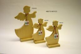 angeli in legno spazzolato
